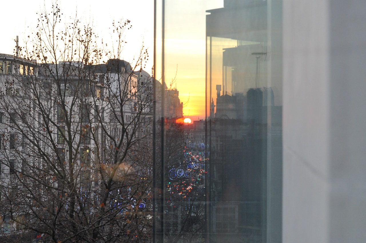 hotel-me-london-review-sunset