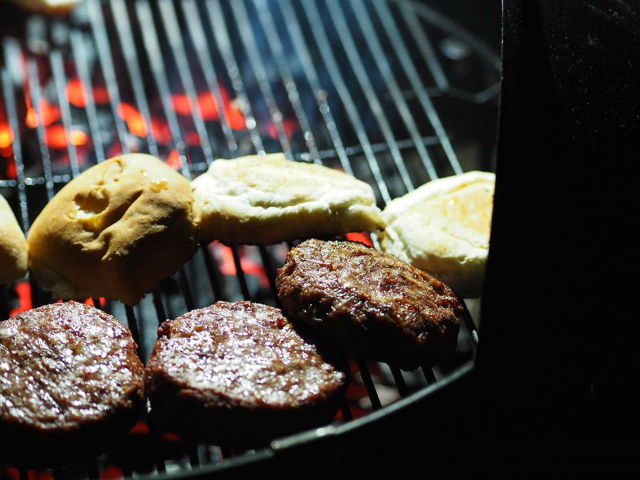 girl eats world bonfire night burgers bbq girl eats world